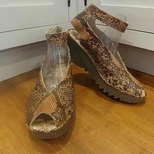 FLY LONDON Snake Print Ankle Strap Wedge Sandals